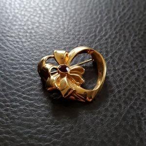 VTG Avon brooch